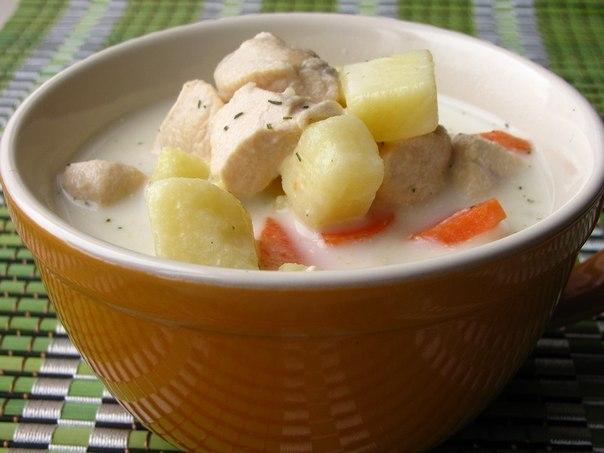 Суп с курицей и сыром