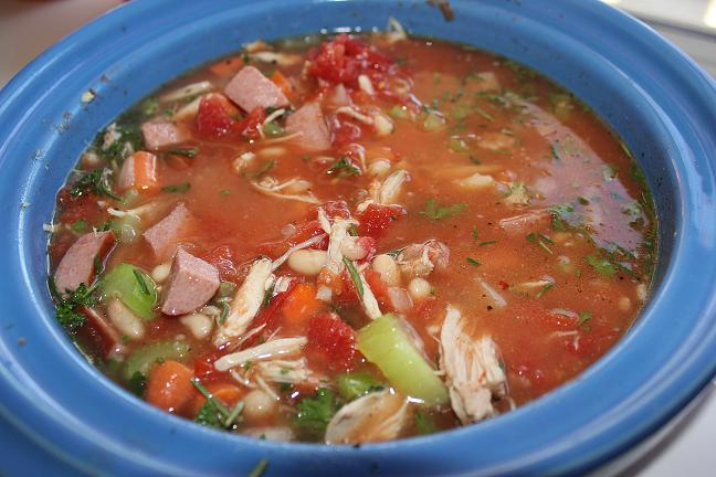 Turkey meat and vegetable soup