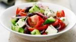 Греческий салат с шампиньонами