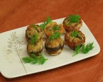Stuffed mushroom with wine