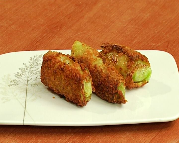 Shnitzel with cheese and cabbage