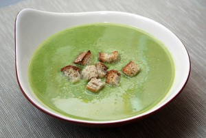 Puree-soup with green pea